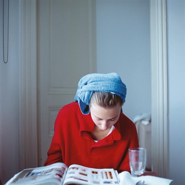 Melinda after hairwashing (down), 2005, Paris