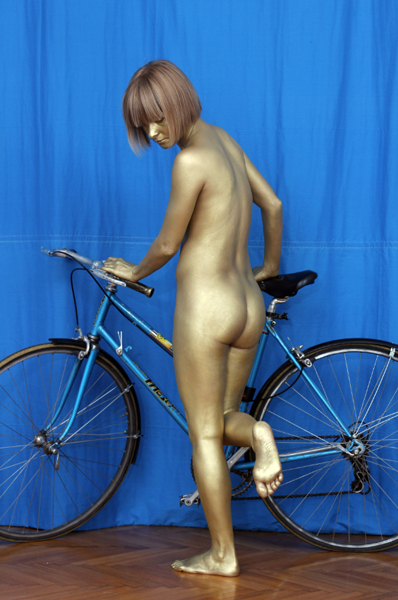 Golden Decadence / Photograph, bicycle, gold body prints / Dimensions: 180 x 50 x 100 cm 2013, Budapest, Trapéz Gallery